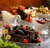http://kurpaest.lv/media/gallery/152_gallery/big/3_dinner buffet dessert table.jpg